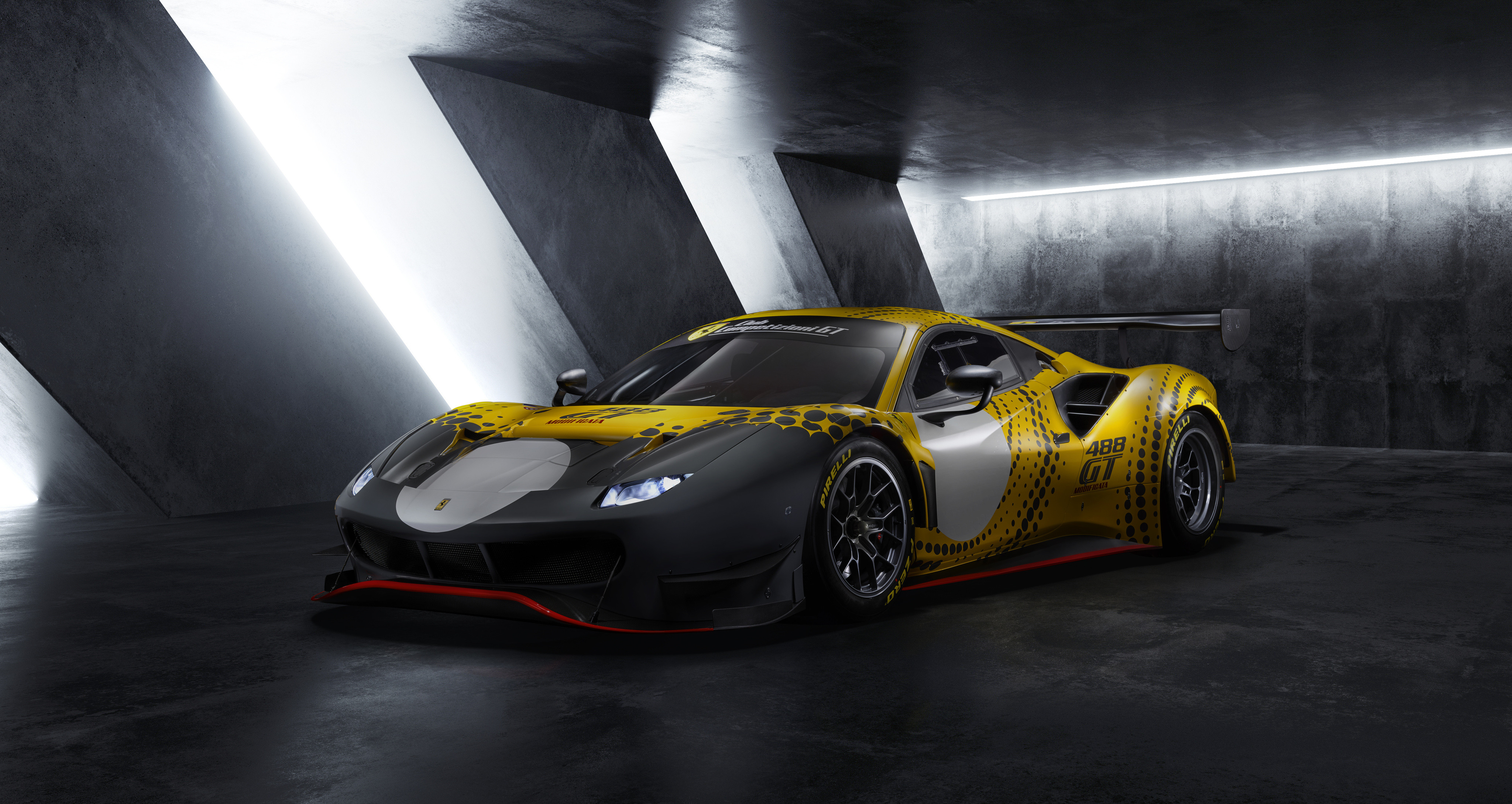 Ferrari 488 GT Modificata (2020) : ultime, limitée et taillée pour la piste !