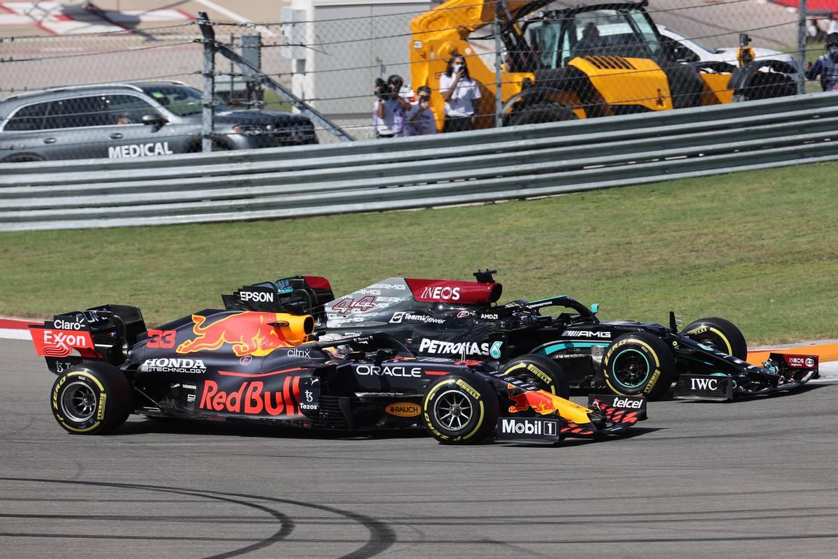 F1 – GP des Etats-Unis : Verstappen maîtrise Hamilton vers sa 18ème victoire